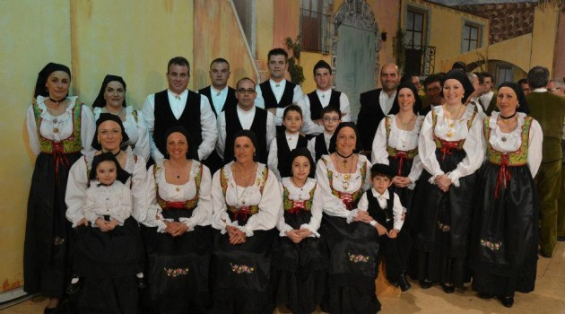 gruppo folk santa maria